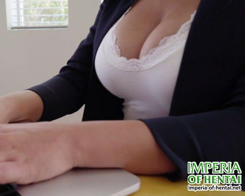 Jenny got flowers for her big tits