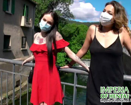 Sluts Karina and Elvira at work in quarantine